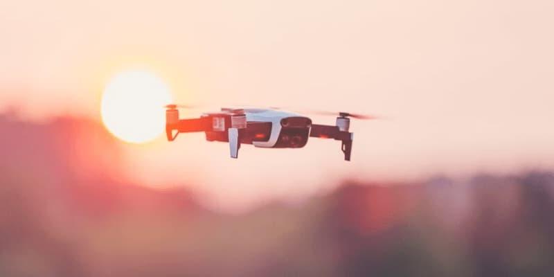 drone por debajo de 1000 dólares